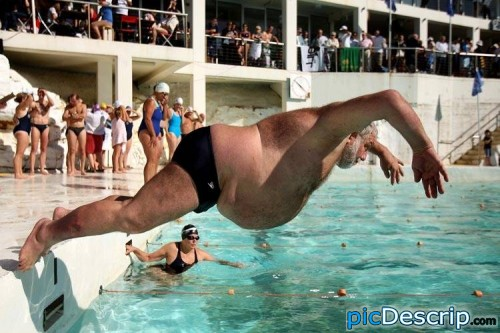 picDescrip.com - Fail - I think that is going to end in a belly flop!
