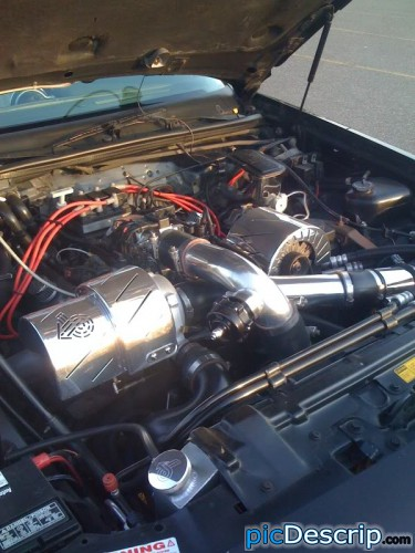picDescrip.com - Cars - Would you like some engine with that turbo?