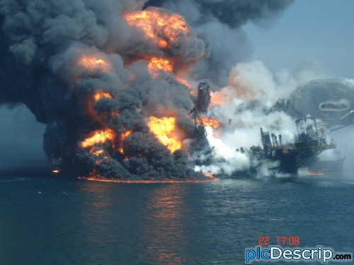 picDescrip.com - Nature - Oil rig explosion in the Gulf of Mexico.